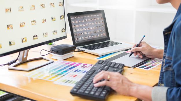 As a freelance graphic designer in Glasgow